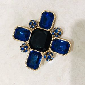 St John STATEMENT blue crystal brooch for scarves
